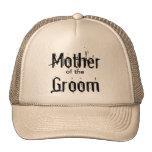 Madre del gorra del novio