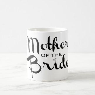 Madre del negro retro de la escritura de la novia taza