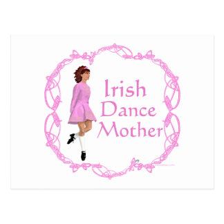 Madre irlandesa de la danza del paso - rosa tarjetas postales