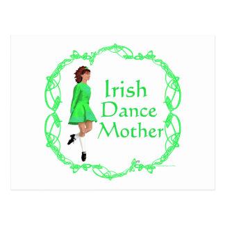 Madre irlandesa de la danza del paso - verde tarjeta postal