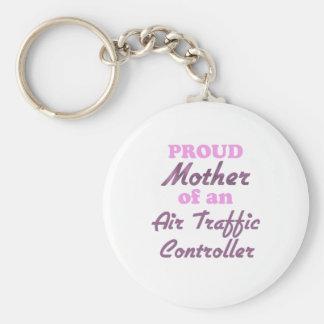 Madre orgullosa de un controlador aéreo llavero redondo tipo pin