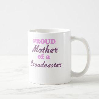 Madre orgullosa de un locutor taza clásica