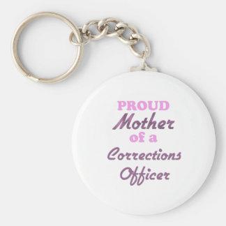 Madre orgullosa de un oficial de correcciones llavero redondo tipo pin