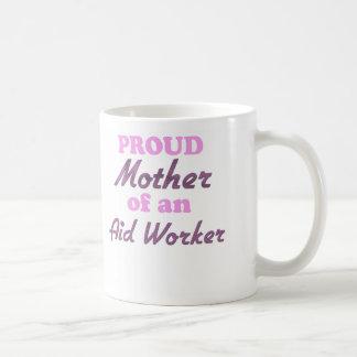 Madre orgullosa de un trabajador de ayuda tazas de café