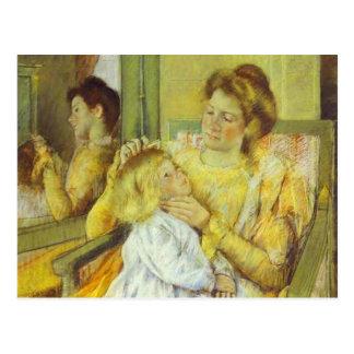 Madre que peina el pelo de su niño. 1901, Maria Ca Postales