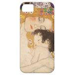 Madre y niño de Gustavo Klimt iPhone 5 Cárcasa