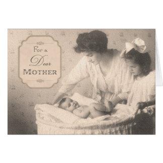 Madre y niños del vintage tarjeta de felicitación