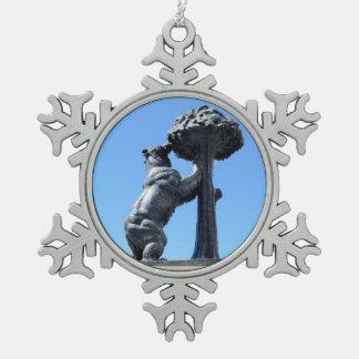 Madrid, Spain Snowflake Pewter Christmas Ornament