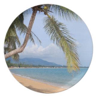 Maenam beach. melamine plate