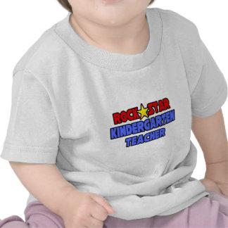 Maestro de jardín de infancia de la estrella del camisetas
