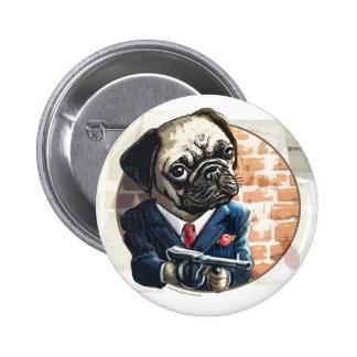 Mafioso Pugsy Beigel por los estudios de Mudge Pins