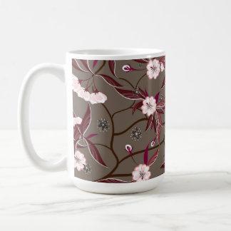 Mag con las flores decorativas taza de café