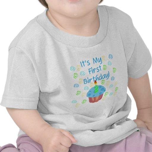 Magdalena azul con de la vela cumpleaños primero camiseta