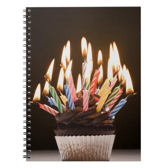 Magdalena con las velas del cumpleaños libretas