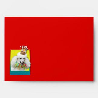 Magdalena de la invitación - caniche - blanco sobre