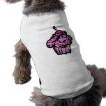 magdalena del camuflaje de los rosas y de las púrp ropa de perros