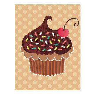 Magdalena del chocolate y de la cereza tarjeta postal