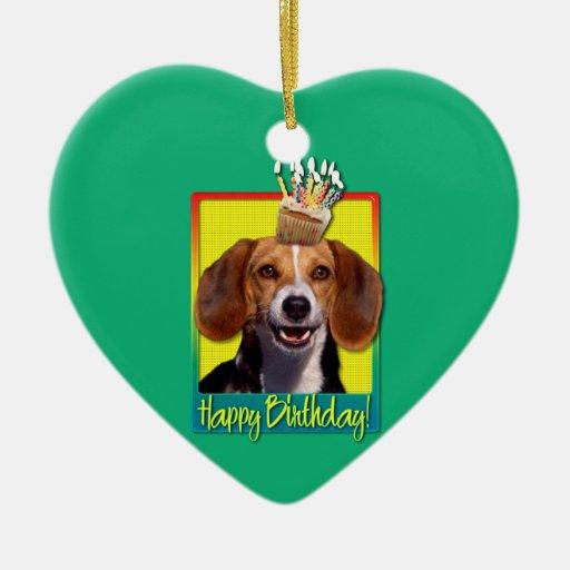 Magdalena del cumpleaños - beagle adorno de cerámica en forma de corazón
