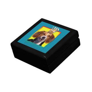 Magdalena del cumpleaños - beagle joyero cuadrado pequeño