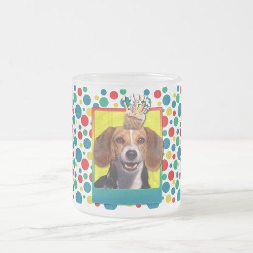 Magdalena del cumpleaños - beagle tazas