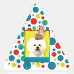 Magdalena del cumpleaños - Bichon Frise Calcomanía De Triangulo Personalizadas