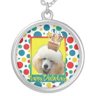 Magdalena del cumpleaños - caniche - albaricoque pendientes