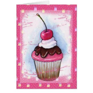 Magdalena en pastel en fondo rosado tarjeta de felicitación