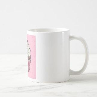 Magdalena en rosa taza de café