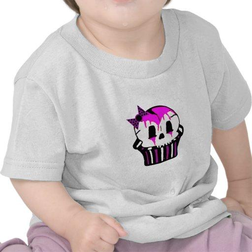 magdalena púrpura y rosada del cráneo camisetas