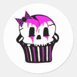 magdalena púrpura y rosada del cráneo pegatinas redondas