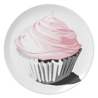 Magdalena rosada de la formación de hielo platos de comidas