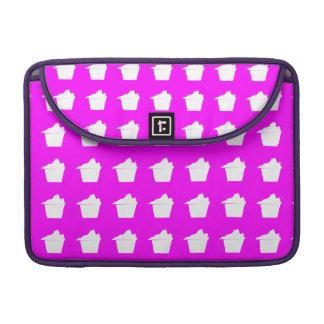 Magdalena rosada linda deliciosa funda macbook pro