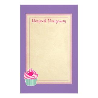 Magdalena rosada personalizada con cereza del  papeleria de diseño