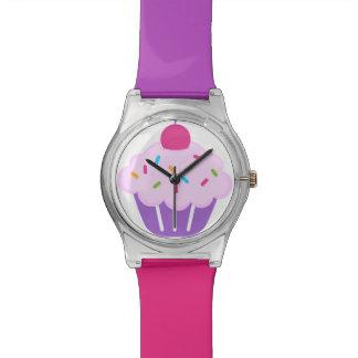 Magdalena rosada y púrpura con el reloj de la cere