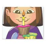 Magdalenas del chica del cumpleaños invitación 10,8 x 13,9 cm
