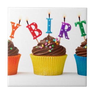 Magdalenas del feliz cumpleaños azulejo cuadrado pequeño