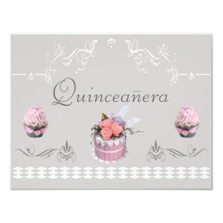"""Magdalenas elegantes rosadas y Quinceanera gris Invitación 4.25"""" X 5.5"""""""