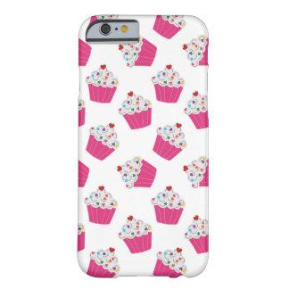 Magdalenas rosadas felices del corazón - modelo funda barely there iPhone 6