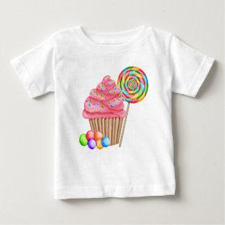 Magdalenas y camiseta del cumpleaños del caramelo playeras