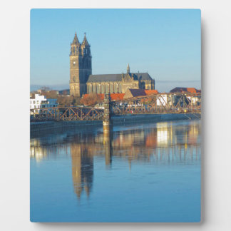 Magdeburg Cathedral with river Elbe 01 Plaque