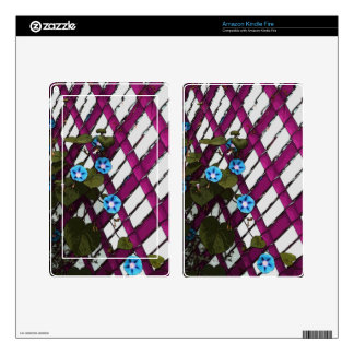Magenta Chain-Link Decals For Kindle Fire