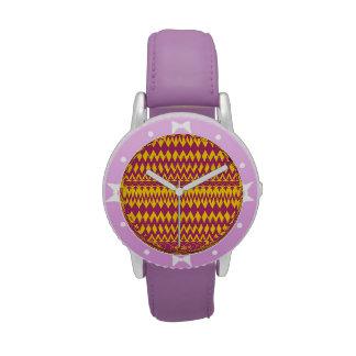 Magenta y diseño tribal del modelo de la mostaza reloj