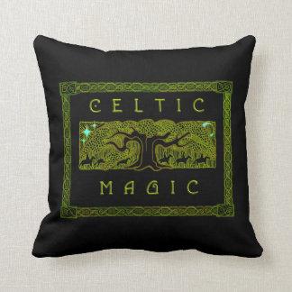 Magia céltica - la gran almohada del árbol