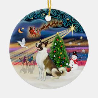 Magia de Navidad - Akita (marrón-blanco) Adorno Redondo De Cerámica
