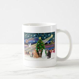 Magia de Navidad - cinco gatos (AmSH) Taza De Café