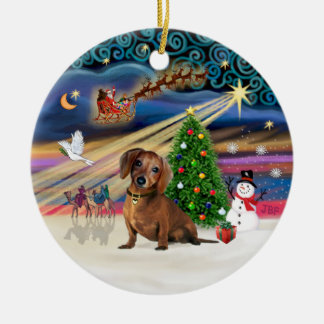 Magia de Navidad - Dachshund (marrón 2) Adorno Redondo De Cerámica