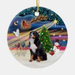 Magia de Navidad - perro de montaña de Bernese 2 Ornamente De Reyes