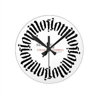 Magia del reloj de Ambigram de las ilusiones de Cr