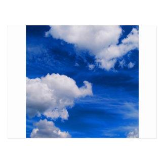 Magma del azul de cielo postales