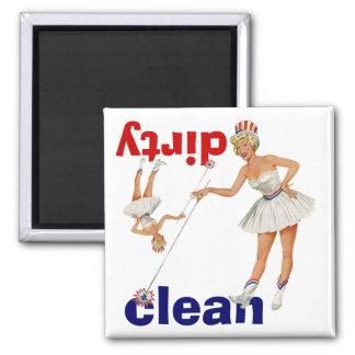 Magnet Vintage Gal Points Clean Dirty Dishwasher